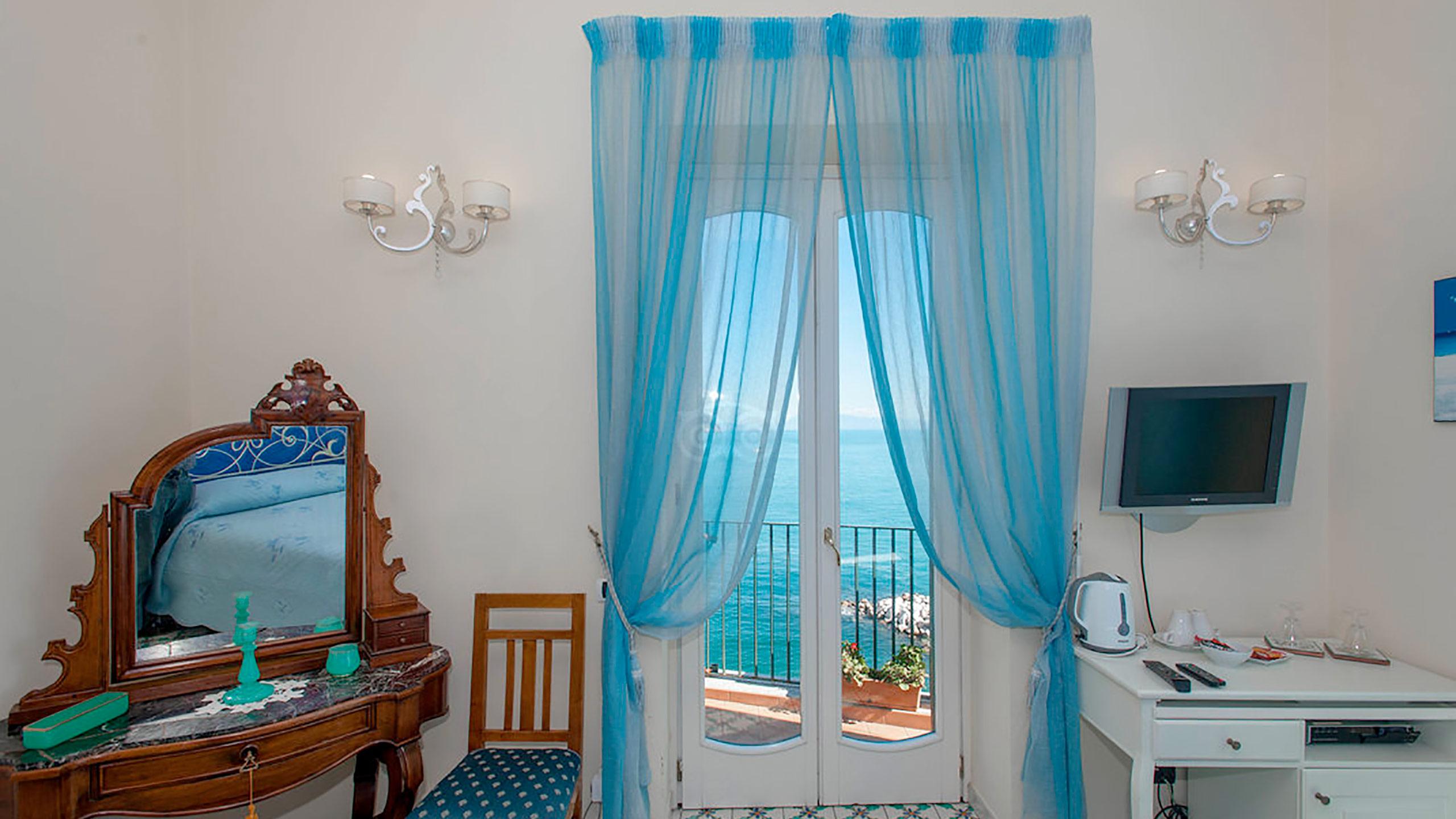 la-rondine-room--v10056897